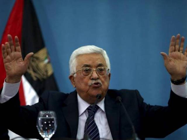 Palestinian President Mahmoud Abbas gestures as he speaks to the media in the West Bank city of Ramallah January 23, 2016. PHOTO: REUTERS