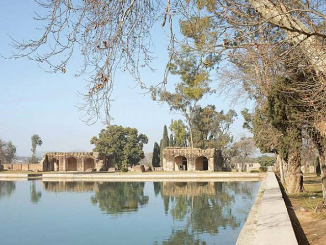 The Wah Gardens that once was a resting spots for emperors is now in a depleting state. PHOTOS: HUMA CHOUDHARY/ EXPRESS