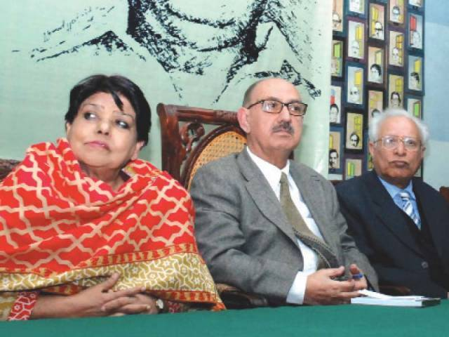 'Intizar Husain Award' will be instituted in recognition of his contribution to literature. PHOTO: MUDASSAR RAJA/EXPRESS