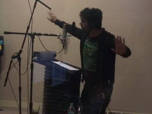 Tapping his thigh, doing airplane arms, the heartthrob has fun during 'Kapoor & Sons' dubbing session. PHOTO: INSTAGRAM