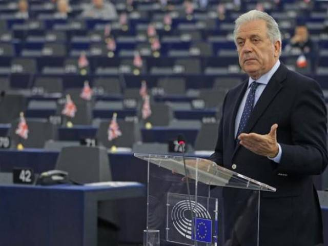 EU Commissioner for Migration and Home Affairs Dimitris Avramopoulos addresses the European Parliament during a debate on refugee emergency, external borders control and the future of Schengen in Strasbourg, France, February 2, 2016. PHOTO: REUTERS