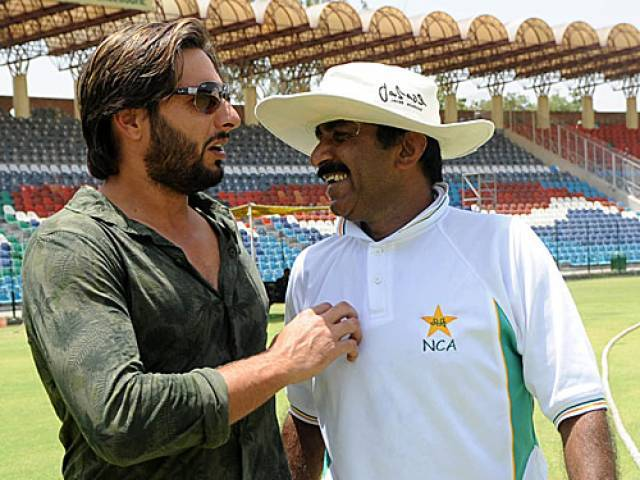 Image result for miandad and afridi