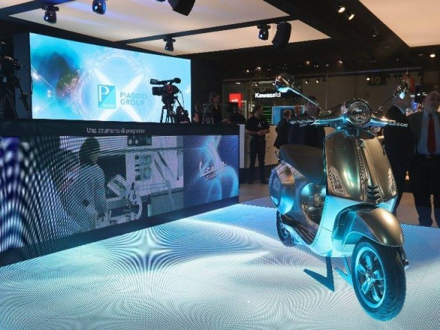 Vespa Unveils Electric Scooter Concept