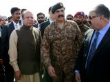 Pakistan's Prime Minister Nawaz Sharif and Army Chief of Staff General Raheel Sharif attend the inauguration of the China Pakistan Economic Corridor port in Gwadar, Pakistan November 13, 2016. REUTERS/Caren Firouz