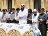 17_zkn_moin-funeral-prayers-photos-mohammad-azeem-express-640x480_new-2
