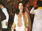 Nina Akbar: DHOL BAAJAY, Mahvish Malik and Haider Abbas celebrate their upcoming wedding with a dholki in Lahore