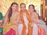 Amna Rizvi, Hasan Vajid and Zahra Rizvi: #RIZJID THE NIGHT AWAY, Amna Rizvi and Hasan Vajid celebrate their mehndi in Karachi