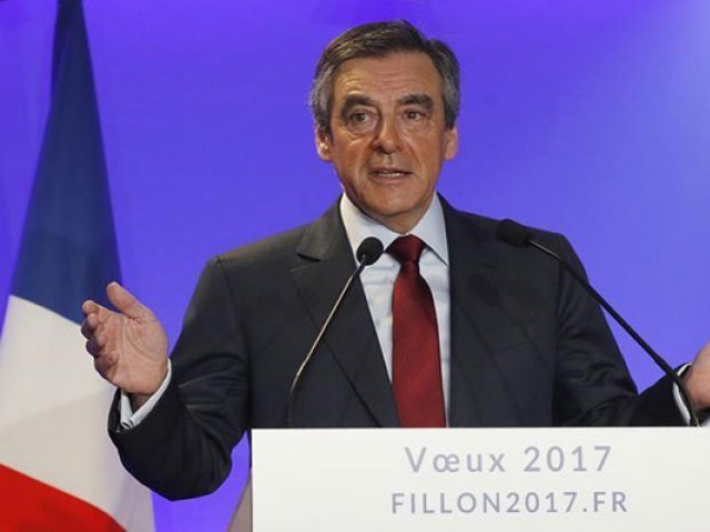 Francois Fillon, member of Les Republicains political party and 2017 presidential candidate of the French centre-right, presents his New Year wishes at a news conference at his campaign headquarters in Paris, France. PHOTO: REUTERS