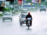 motorists-in-rain-photo-2-2-2-2