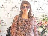 Shehnaz: PASTELS AND FLOWERS, Kiran Chaudhry exhibits the latest collection of her brand, 'Anaya', at Labels in Karachi