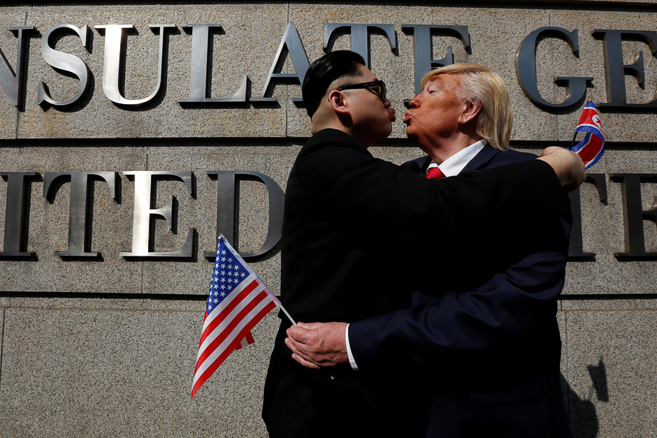Dennis Alan of Chicago, 66, who is impersonating US President Donald Trump, and Howard, 37, an Australian-Chinese who is impersonating North Korean leader Kim Jong-un, pose outside US Consulate in Hong Kong, China. PHOTO: REUTERS