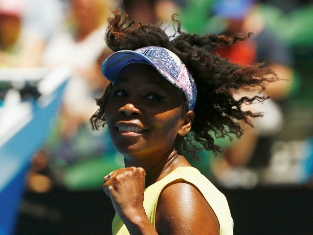 'Challenged' Venus grabs hold of spot in quarterfinals