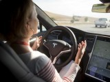 new-autopilot-features-are-demonstrated-in-a-tesla-model-s-during-a-tesla-event-in-palo-alto-california-2