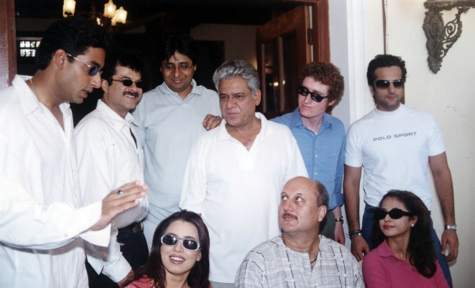 Film star Abhishek Bachchan, Anil Kapoor, Vashu Bhagnani, Om Puri, ?, Fardeen Khan, Mahima Chaudhary, Anupam Kher and Urmila Matondkar on the set of film OM JAI JAGDISH. Express archive photo