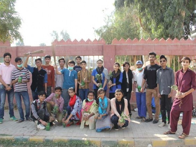 Students initiate a cleanliness drive to give back to society.PHOTO:AYESHA MIR/EXPRESS