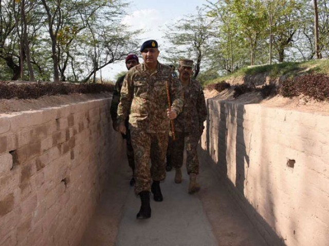 Army chief General Qamar Javed Bajwa visits Line of Control's Mattewala, Munaawar sector on Tuesday, February 21, 2017. PHOTO: ISPR