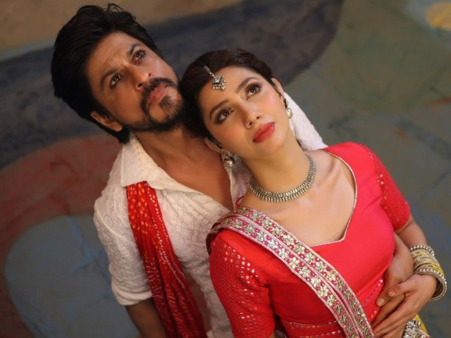 SRK and Mahira Khan in Raees. PHOTO: PUBLICITY