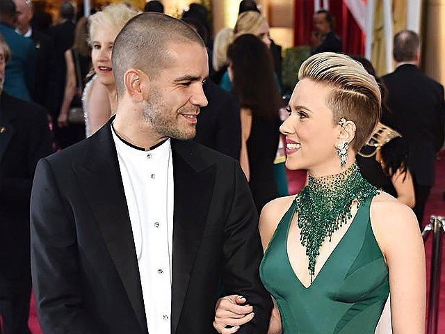 Scarlett Johansson files for divorce from Romain Dauriac