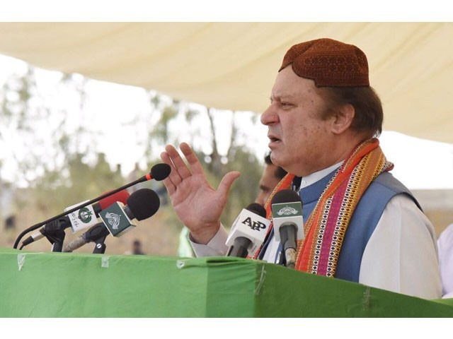 Prime Minister Nawaz Sharif addressing a public gathering in Thatta on March 9, 2017. PHOTO: PML-N