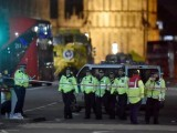 police-officers-work-at-the-scene-after-an-attack-on-westminster-bridge-in-london