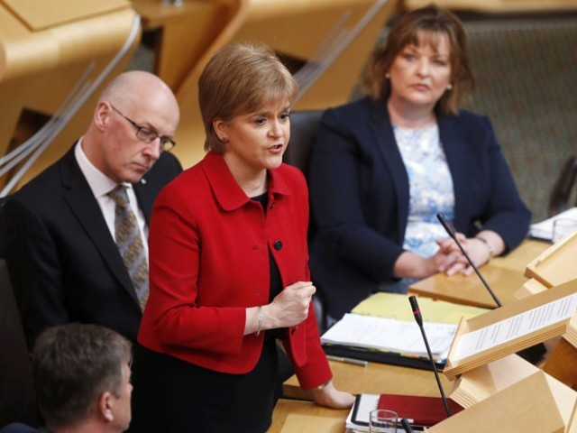Scotland's First Minister Nicola Sturgeon attends a debate on a second referendum on independence at Scotland's Parliament in Holyrood, Edinburgh, Britain, March 28, 2017. PHOTO: REUTERS