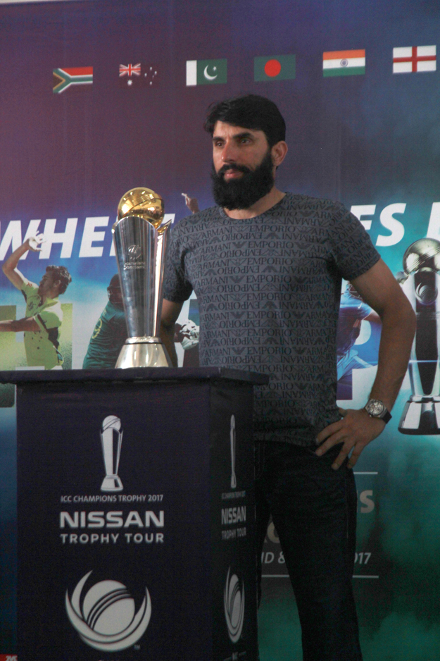 2-icc-trophy-mibah-ul-haq-national-stadium-karachi-athar-khan-march-30-2017