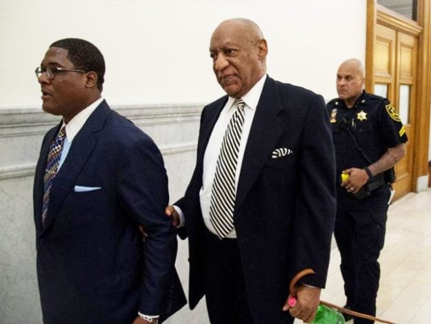 Actor Bill Cosby (C) leaves for a lunch break during a hearing for his upcoming sexual assault trial at Montgomery County Courthouse in Norristown, Pennsylvania, U.S., April 3, 2017. REUTERS/Clem Murray/Pool