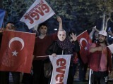 supporters-of-turkish-president-tayyip-erdogan-celebrate-in-istanbul