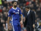 chelsea-manager-antonio-conte-and-diego-costa-look-dejected