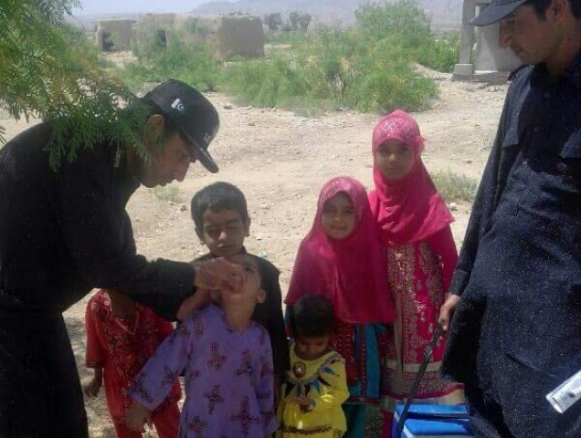 Balochistan Levies led the national polio drive in Kohlu district due to an ongoing strike of paramedical staff. PHOTO: Mohammad Zafar/Express