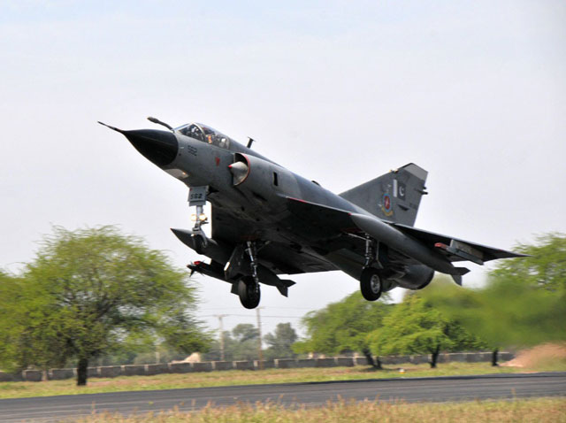 Pak Air Force jet Mirage on routine mission crashes near Jhang