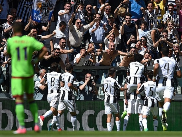 Juventus clinch sixth successive Serie A title with Crotone win
