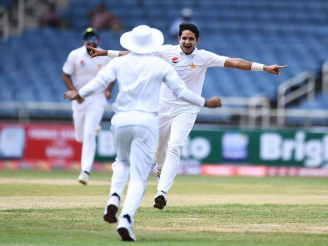 Pakistan claim series win after dramatic third test win over West Indies