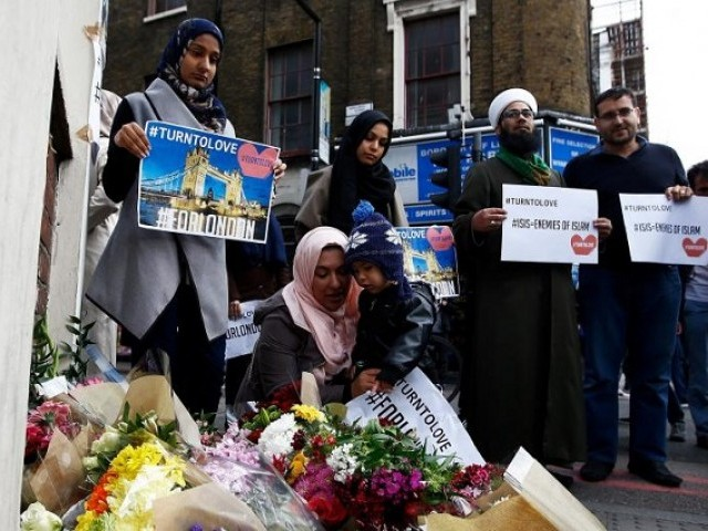 London attack: New search underway near home of suspects