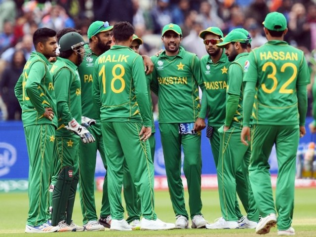 Raees replaces injured Riaz in Pakistan's Champions Trophy squad