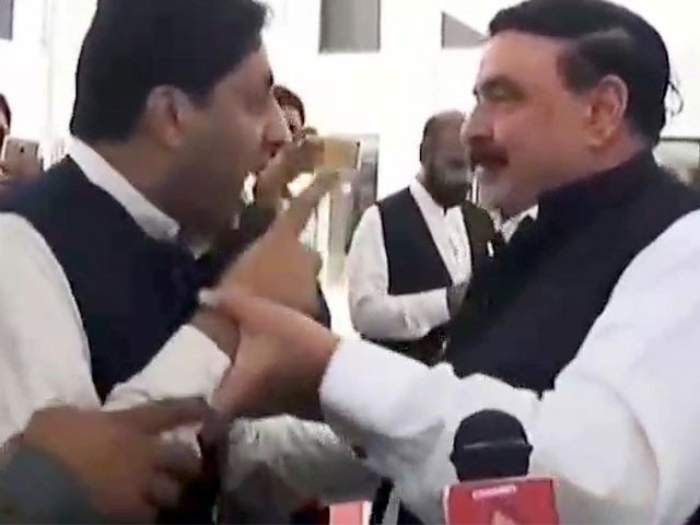 Man attacks Sheikh Rasheed outside parliament, demands to return Rs 2.2 mn