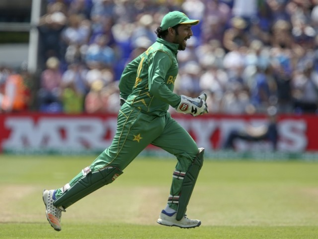 Pakistan outclass England to reach final of ICC Champions Trophy 2017