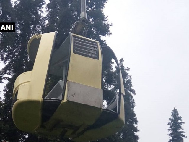 Cable car crashes in tourist resort in Kashmir, killing 7
