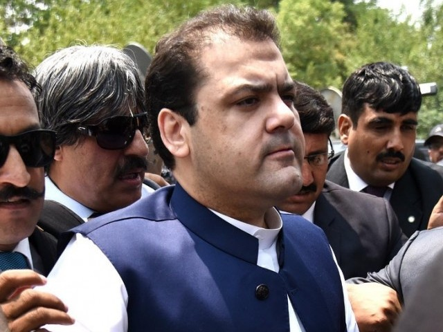 SC summons PTI Chief in hearing of petition seeking his disqualification