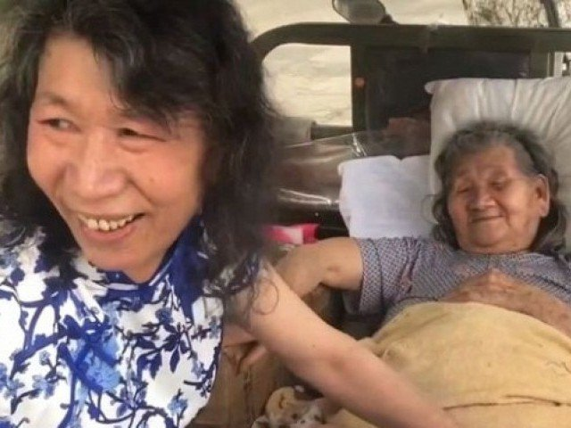 Man Dresses As Dead Sister For 20 Years To Help Mother Cope