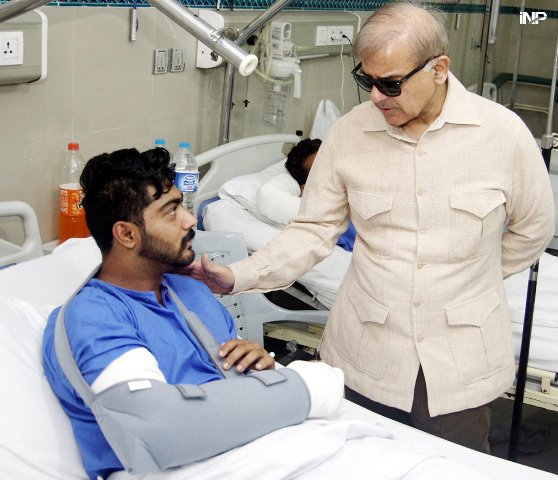 CM Punjab meets Lahore blast victims. PHOTO: INP