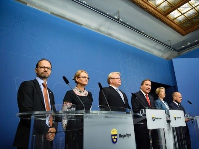 Swedish PM reshuffles cabinet after no-confidence vote