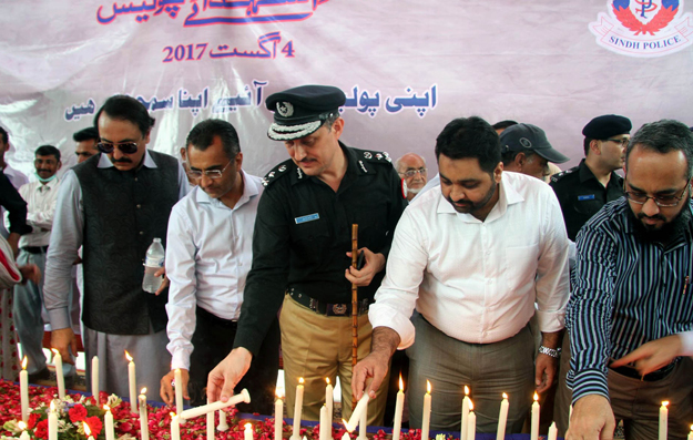 dig-south-azad-khan-light-candle-2