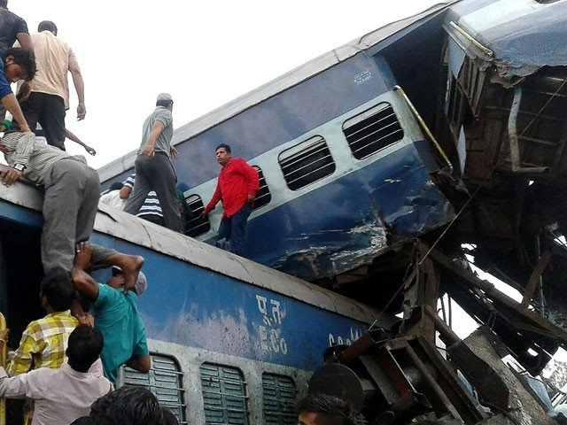 23 dead, 400 injured as train derails in UP's Muzaffarnagar