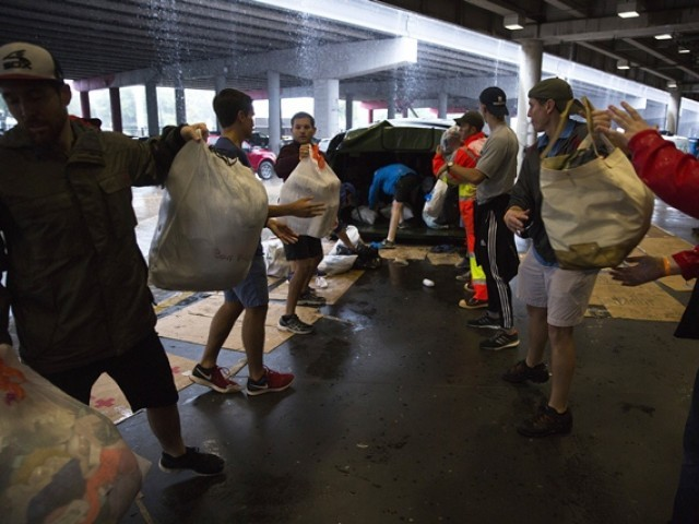 Remembering Katrina, New Orleans looks to help Houston