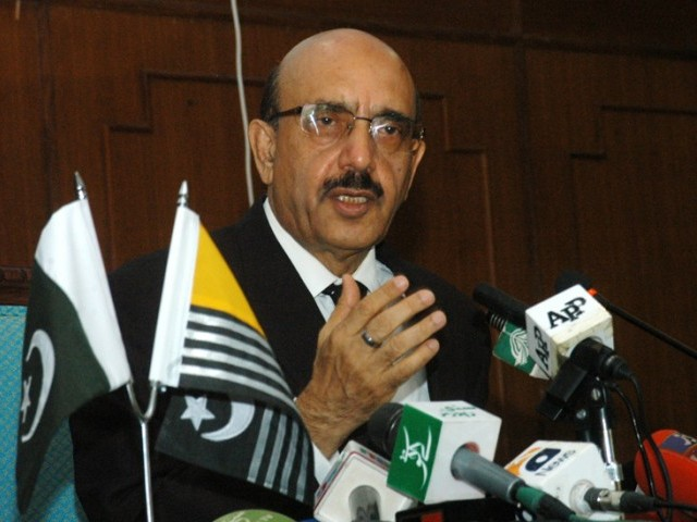 Masood lauds armed forces, calls on international community to help Pakistan. PHOTO: EXPRESS