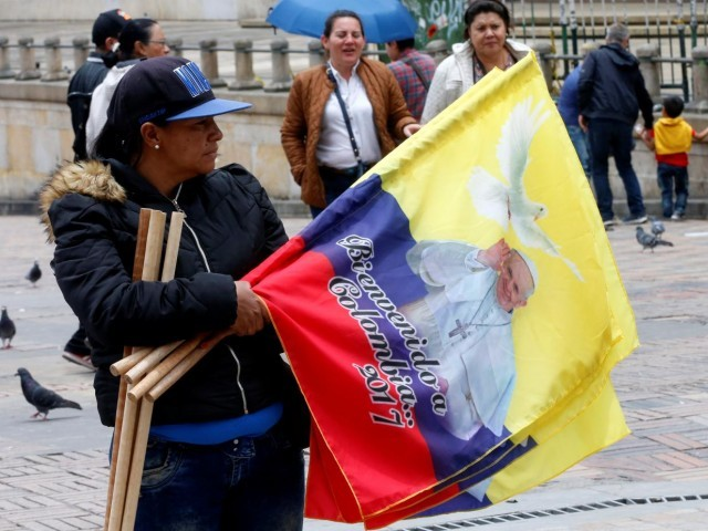 Be the first to love, to build bridges, pope tells Colombians