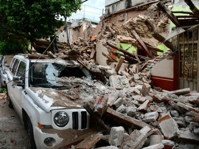 Mexico quake  death toll rises as Hurricane Katia hits Gulf coast
