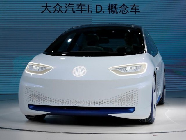A Volkswagen ID electric vehicle is shown at a news conference in Guangzhou, China November 17, 2016.      PHOTO: REUTERS