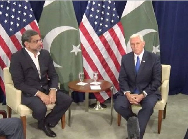 PM Abbasi with US Vice President Mike Pence PHOTO: RADIOPAK